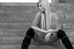thinkin' … black and white