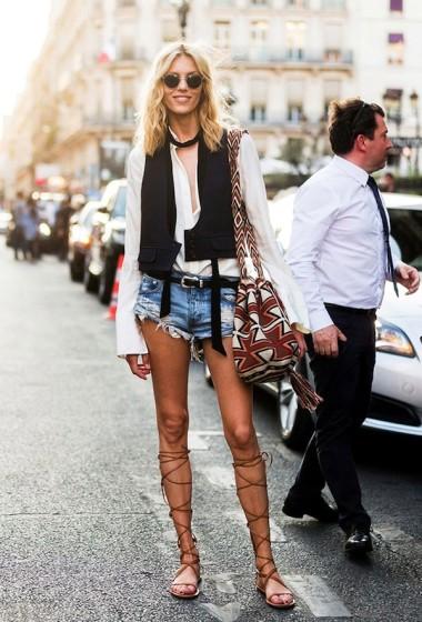Model-Off-Duty Style: Anja Rubik Goes Hippie-Chic In Paris