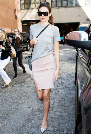 Model-Off-Duty: Steal Kendall Jenner's Pink Skirt Look From NYFW