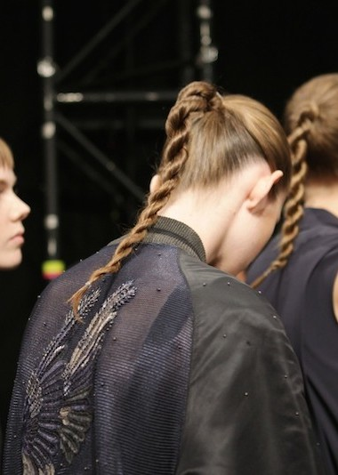 A Unique Runway Ponytail You Could Rock From Day to Night (and to the Gym!)