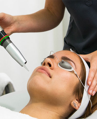 Beauty Roundup: Non-Invasive Beauty Treatments (and where to get them)