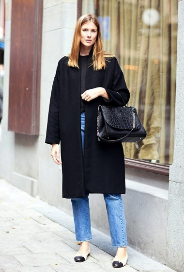 Street Style: A Classic Take On Chanel Cap-Toe Flats