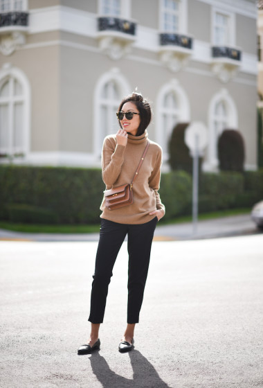 An Incredibly Chic Take On The Cashmere Turtleneck