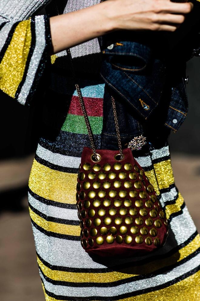 Vogue Paris Street style   Chloe Hill Fashion Week Features