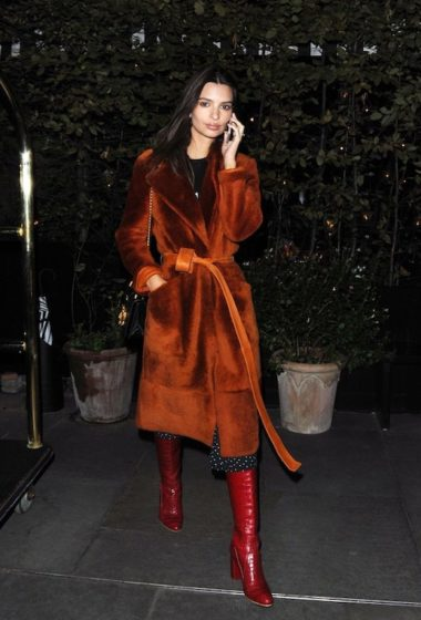 Emily Ratajkowski Embodies Autumn in a Statement Coat